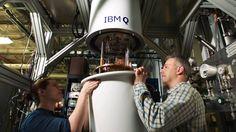 IBM IBM prepara el primer ordenador cuántico universal La máquina podría resolver problemas que los ordenadores convencionales ni pueden plantearse