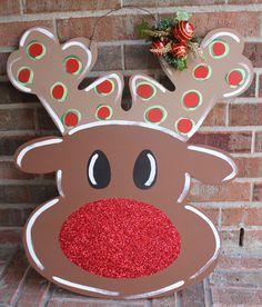 REINDEER DOOR HANGER by WyattWoodDesigns on Etsy Reindeer Head, Christmas Wood Crafts, Door Hangers, Wonderful Time, Gingerbread Cookies, Kids Rugs, Doors, Holidays, Unique Jewelry