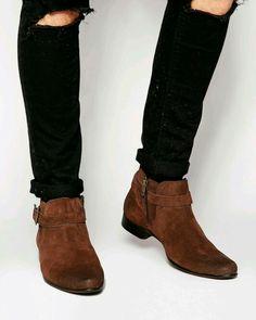 Casual mens boots