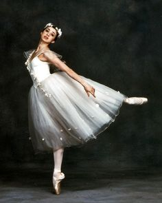 Nina Ananiashvili in La Sylphide. Photo: Nancy Ellison.