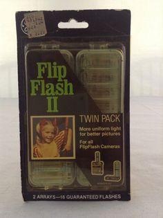 Vintage NIP General Electric Twin Pack Flip Flash II Flashbulb Camera Accessory
