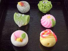 岡乃家 下石戸下店: 季節の上生菓子6個