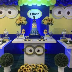 Preview to this Minions Bash First Birthday...thanking my dearest friend @ck_blooms for all her help. I love you dearly and to the rest who helped this event come to life #eventdecor #decoração #minions #decor # #minion #disney#bolo #firstbirthday #cake #c