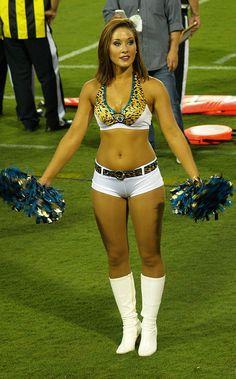 nfl cheerleaders 2013 | Ultimate Cheerleaders » NFL Pre-Season: The ROAR of Jacksonville