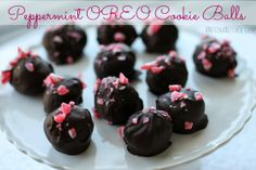 Peppermint OREO Cookie Balls #recipe