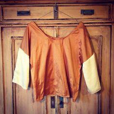 Welcome to the wardrobe, goldmustard vanillabeige blouse, halflongsleeves   |   Two silks, Dupion+Georgette, #ninna