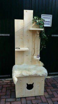 Ridiculously Easy Steps for Making a Comfy Cat Bed Animal Projects, Animal Crafts, Cage Chat, Diy Cat Tree, Cat Perch, Cat Room, Pet Furniture, Cat Supplies, Pet Home