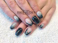 Black, ombre, glitter , acrylic nails #nails #nailart #stockholm #handpaintednailart