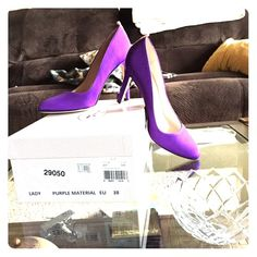 SJP Lady Purple Grossgrain Pumps!!! GORGEOUS purple pumps by SJP. worn oy once. Comes with box. Serious buyers only please  SJP by Sarah Jessica Parker Shoes Heels