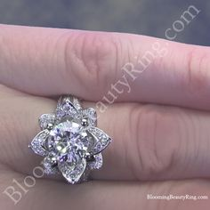 Large Blooming Beauty Flower Ring on the Finger / Hand Engagement Rings On Finger, Most Beautiful Engagement Rings, Engagement Ring Settings, Vintage Engagement Rings, Lotus Flower Ring, Flower Rings, 3 Stone Diamond Ring, Fashion Rings, Fashion Jewelry