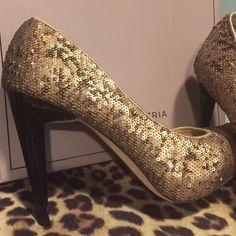 Bcbg Maxazria Copper & Gold Sequined Heel