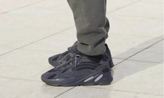 aaf15b6da The best cheap fake yeezys for kids and adult for sale