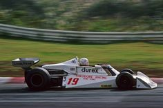 Alan Jones Surtees - Ford 1976