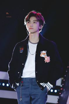 🥴🥳 from the story 𝙣𝙘𝙩 𝙧𝙚𝙖𝙘𝙩𝙞𝙤𝙣𝙨/𝙞𝙢𝙖𝙜𝙞𝙣𝙚𝙨 by peaboo (𝙥𝙚𝙖𝙗𝙤𝙤~) with 373 reads. Nct Taeyong, Yang Yang, Nct 127, K Pop, Sehun, Saranghae, Pink Punch, Haha, Nct Dream Jaemin