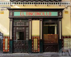 Una de las tabernas más antiguas de Andalucía y España con más de 300 años. El Rinconcillo en Sevilla.