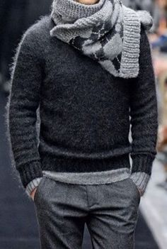 Grey colours - sweater, trousers / Grey colours - sweater, trousers / Holka black sweater (zara, gant, tomy) , GREY TROUSERS (zara, SPRANE, vg) / black low shoes (humanic)