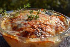 Hungarian Recipes, Hungarian Food, Meat Recipes, Mozzarella, Bacon, Pork, Food And Drinks, Kale Stir Fry, Hungarian Cuisine