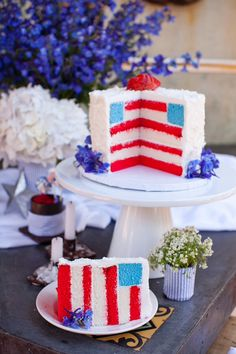 American Flag wedding cake to honor the Military