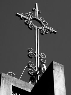 Fr Jack SJ MD: October 2012 church cross