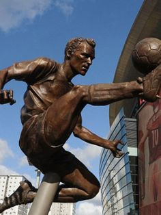 Dennis Bergkamp Emirates Stadium