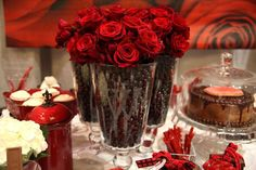 Love how the Hawthorn Hurricanes were filled with treats and roses.  Cute!