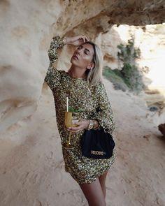 Anzeige | Summer mood in Ibiza 🍸 @cirocvodka x @moschino #cirocyourworld #cirocxmoschino #ad Ibiza, Moschino, Metallic Gold Dress, Summer, Sequin Skirt, Sequins, Cute, Skirts, Glitter