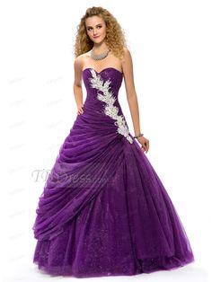 Love this dress :D So pretty!! <3