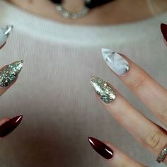 BURGUNDY, MARBLE & GOLD Set modelled by the beautiful @_tashasg Check out her account for flawless beauty and style tips on a budget Also, she has a YouTube channel and has posted a review of these nails YouTube: Tips by Tasha https://youtu.be/OfHJGk5PKYE