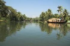 Backwater Holidays in Kerela, India - at VCH
