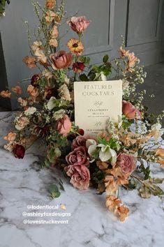 Wedding Flower Arrangements, Floral Centerpieces, Wedding Centerpieces, Wedding Table, Fall Wedding, Diy Wedding, Wedding Bouquets, Floral Arrangements, Wedding Decorations