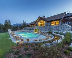 Stay and Play at Jasper's Resorts
