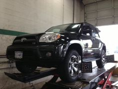 4-runner with Bilstien 5100 lift struts and rear spacers
