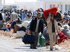 Ημερήσια ροή 200 προσφύγων στα νησιά του Β.Αιγαίου: Σχεδόν 200 πρόσφυγες και μετανάστες φτάνουν σε καθημερινή βάση στα νησιά του Βορείου… Baby Strollers, Children, Clothes, Syria, Baby Prams, Young Children, Outfits, Boys, Clothing