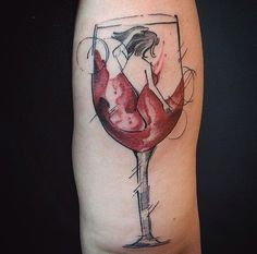 Wine Tattoo. By Paco Anes. Instagram: @pacotatuaria Wine Tattoo, Roads, Watercolor Tattoo, Tatting, Sketches, Drawings, Instagram, Scribble, Beverages