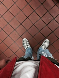 Street Wear POV Swag Style, Style Hip Hop, Style Grunge, Casual Chic Style, Style Urban, Urban Street Style, Street Styles, Vans Outfit Men, Tomboy Outfits