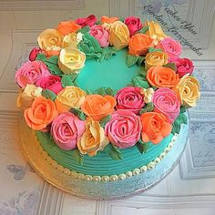 Buttercream flowers cake by Gorgeous Cakes, Pretty Cakes, Cupcake Cakes, Cupcakes, Buttercream Flower Cake, Dessert Decoration, Floral Cake, Occasion Cakes, Fancy Cakes