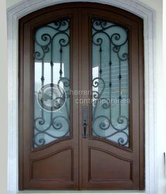 Dise os e imagenes de puertas clasicas hermec herreria - Verjas de madera ...