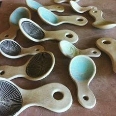 Scoops click now for info. Ceramic Spoons, Ceramic Clay, Ceramic Plates, Ceramic Pottery, Clay Projects, Clay Crafts, Make Your Own Pottery, Coil Pots, Pottery Techniques