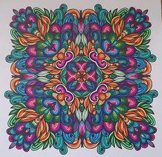 Ingekleurd met Stabilo 68'. Uit Het enige echte mandala kleurboek Watercolor Mandala, Mandalas Drawing, Zentangles, Adult Coloring, Coloring Books, Coloring Pages, Mandala Design, Mandala Art, Pointillism