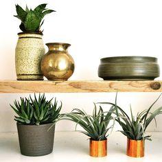 Shelve success #interiors #interiordesign #shelves #interiorstyle #style #interiorstylist #FOLLOW