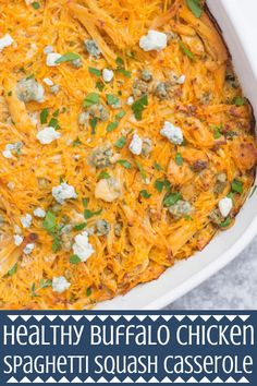 This Healthy Buffalo Chicken Spaghetti Squash Casserole is the perfect quick weeknight dinner. Low carb, full of flavor - it's gluten free and SO delicious! Buffalo Chicken Spaghetti Squash, Chicken Spaghetti Casserole, Spaghetti Squash Recipes, Baked Spaghetti, Healthy Snacks, Healthy Eating, Healthy Recipes, Diet Recipes