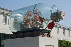 Yinka Shonibare, Nelson's Ship in a Bottle (2010). Trafalgar Square,