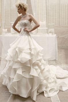 Hochzeits kleider :)