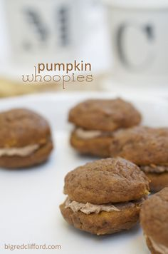 pumpkin whoopie pies with cinnamon creme frosting. totally christmasy.