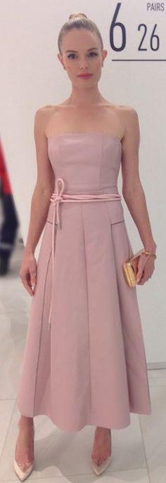Kate Bosworth: Dress – Carolina Herrera  Shoes = Nicholas Kirkwood