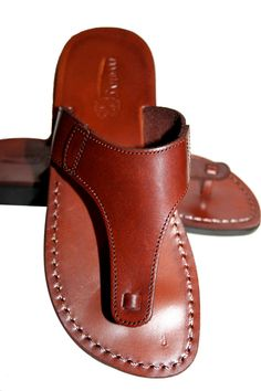 Brown Wave Leather Sandals For Men & Women - Handmade Unisex Sandals, Flip Flop Sandals, Jesus Sandals, Genuine Leather Sandals Leather Slippers For Men, Mens Slippers, Leather Sandals, Shoes Sandals, Black Sandals, Gladiator Sandals, Shoe Pattern, Buy Shoes, Flip Flop Sandals