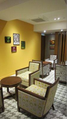 #實木沙發單椅-羅多倫咖啡DOUTOR COFFEE SHOP光復店