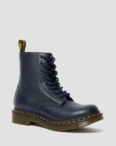 1460 Pascal Virginia | Womens Boots | Dr Martens Official Site Dr Martens 1460, Dr. Martens, Floral Ankle Boots, Leather Ankle Boots, Combat Boots, Uni Clothing, Wyoming, Tough Girl, Textiles