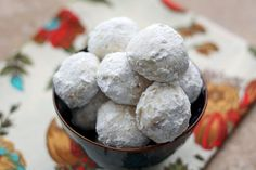 Mexican Wedding Cookies Russian Tea Cakes Sugar Butter Balls Polvorones Snowball Cookies Egyptian Feast Cookies Nut Butter Balls Norwegian Snowballs Kourambie Walnut Delights Pecan Petites Holiday Nuggets Swedish Heirloom Cookies these melt-i Yummy Cookies, Cupcake Cookies, Cupcakes, Holiday Baking, Christmas Baking, Köstliche Desserts, Delicious Desserts, Mexican Food Recipes, Cookie Recipes