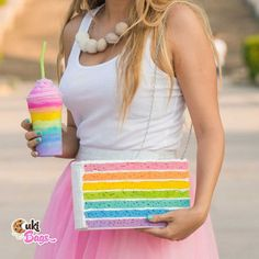 RAINBOW PIECE OF CAKE PURSE / BAG Itsy Bitsy Tiny Miny-Piece of cake rainbow purse/clutch bag, a great mix of multiple flavours glazed with white buttercream icing. A handmade clutch / bag which fits perfectly with a flower power girl. Handmade Clutch, Handmade Bags, Rainbow Layer Cakes, Cake Rainbow, Cute Purses, Purses And Bags, Rainbow Smoothies, Whipped Cream Cakes